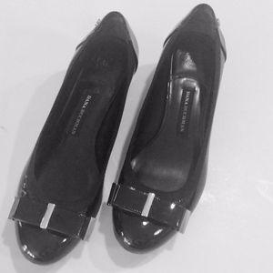 Dana Buchman Patent Black 1inch Heel Size  7 1/2 M